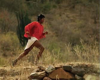 "Arnulfo Quimare, ""elite"" Tarahumara runner"
